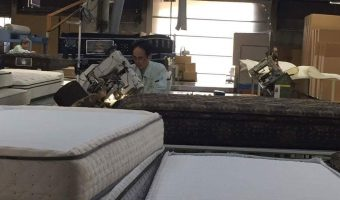 マットレス製造工場を見学しました!