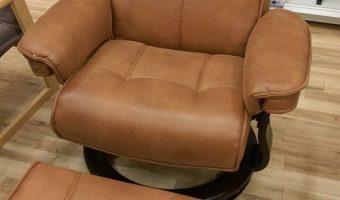 革のような滑らかな肌触り♪新入荷のリクライナーをご紹介!
