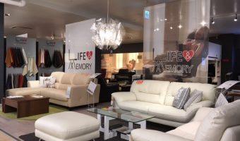 最高級本革張りソファの展示現品市が本日よりスタート!